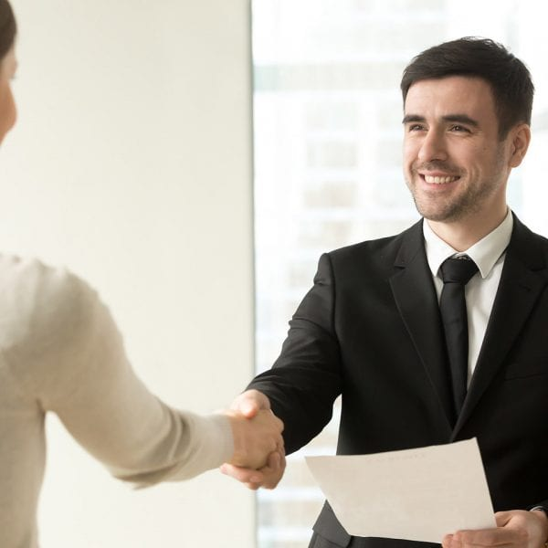 F&P - Zeit für Heldinnen und Helden - Stellenausschreibung - MitarbeiterIn für das Büro